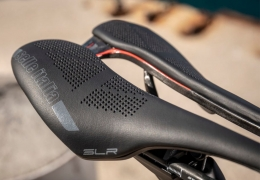 SLR Boost: the myth evolves with the lightest ever short saddle